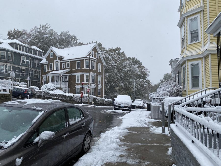 Boston hit record of more than 4 inches of snow on Oct 30 this year.